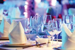 Linen Rentals can add Elegant Look for Your wedding!