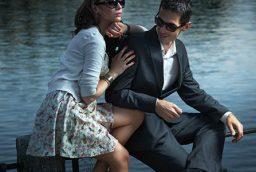 Polarized sunglasses: The superb way to reduce the reflecting glare