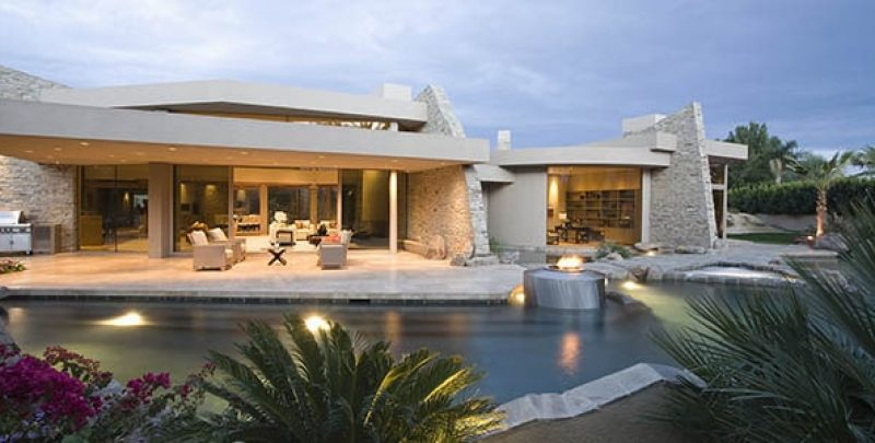 Want to Build a Pool? Look for the Best Pool Masonry Contractor!